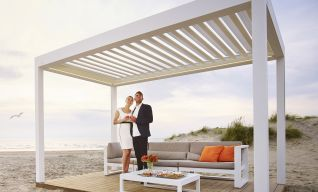 Extend your outdoor area with retractable louvred roof