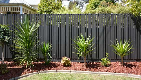 Premium composite fence screening at ekodeck