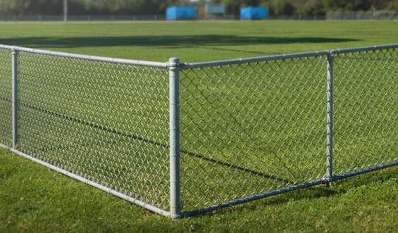 Chain link fencing manufacturer and suppliers in delhi