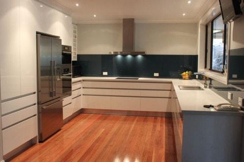 Buy impressive black kitchen splashback at cost-effective prices