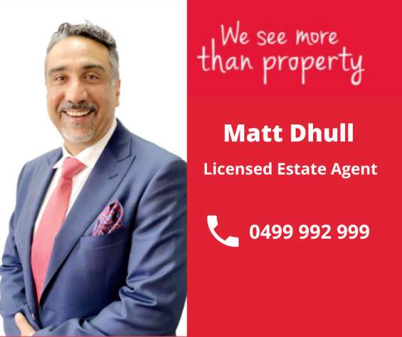 Contact matt dhull for best real estate advisor in manor lakes