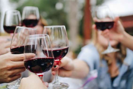 Pairing wine with sushi and sashimi at private tours melbourne