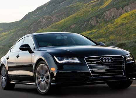 Travel in comfort & convenience with corporate limo car rental in gold coast