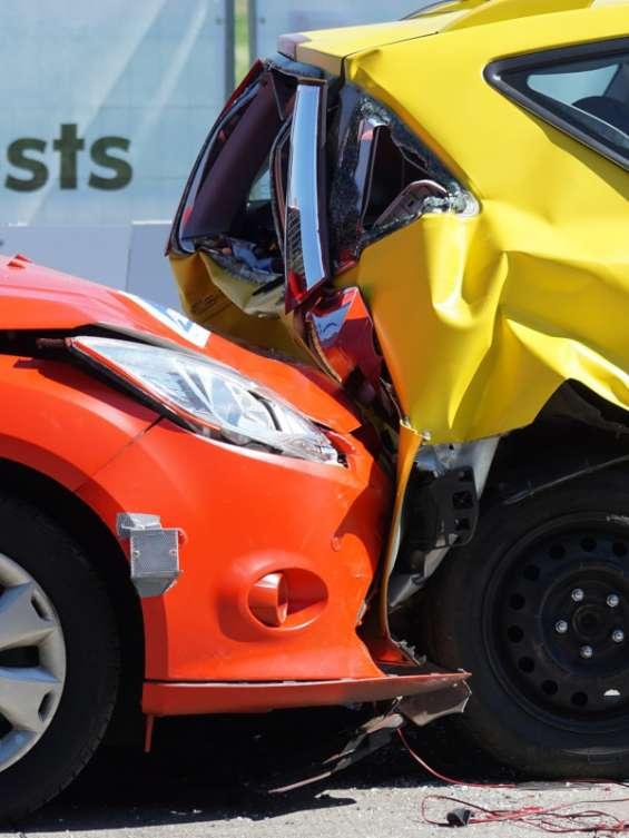 Auto insurance claims service
